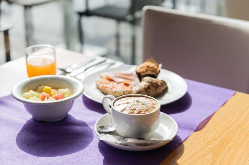 desayuno-atenea-port10